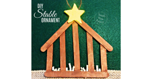 Have fun with these easy homemade Stable Popsicle Stick Christmas Ornaments! Share in the classroom, at home, or to go along with your Sunday school lesson. These awesome Popsicle Stick Ornaments are easy enough for any kid to make for a gift ideas or to be hung on the Christmas tree!