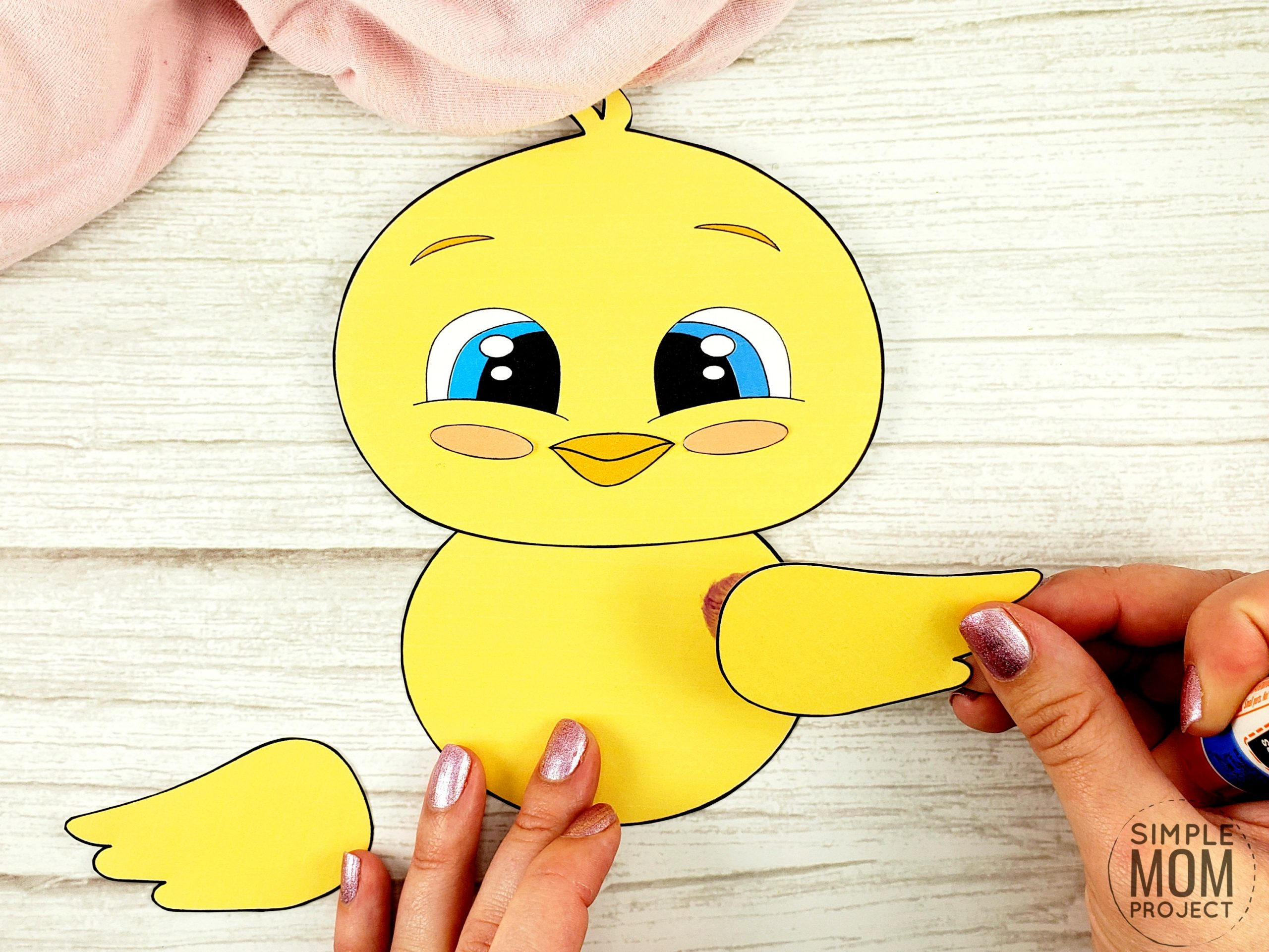 Easy Spring Chick Free Printable Template craft for kids, toddlers and preschoolers