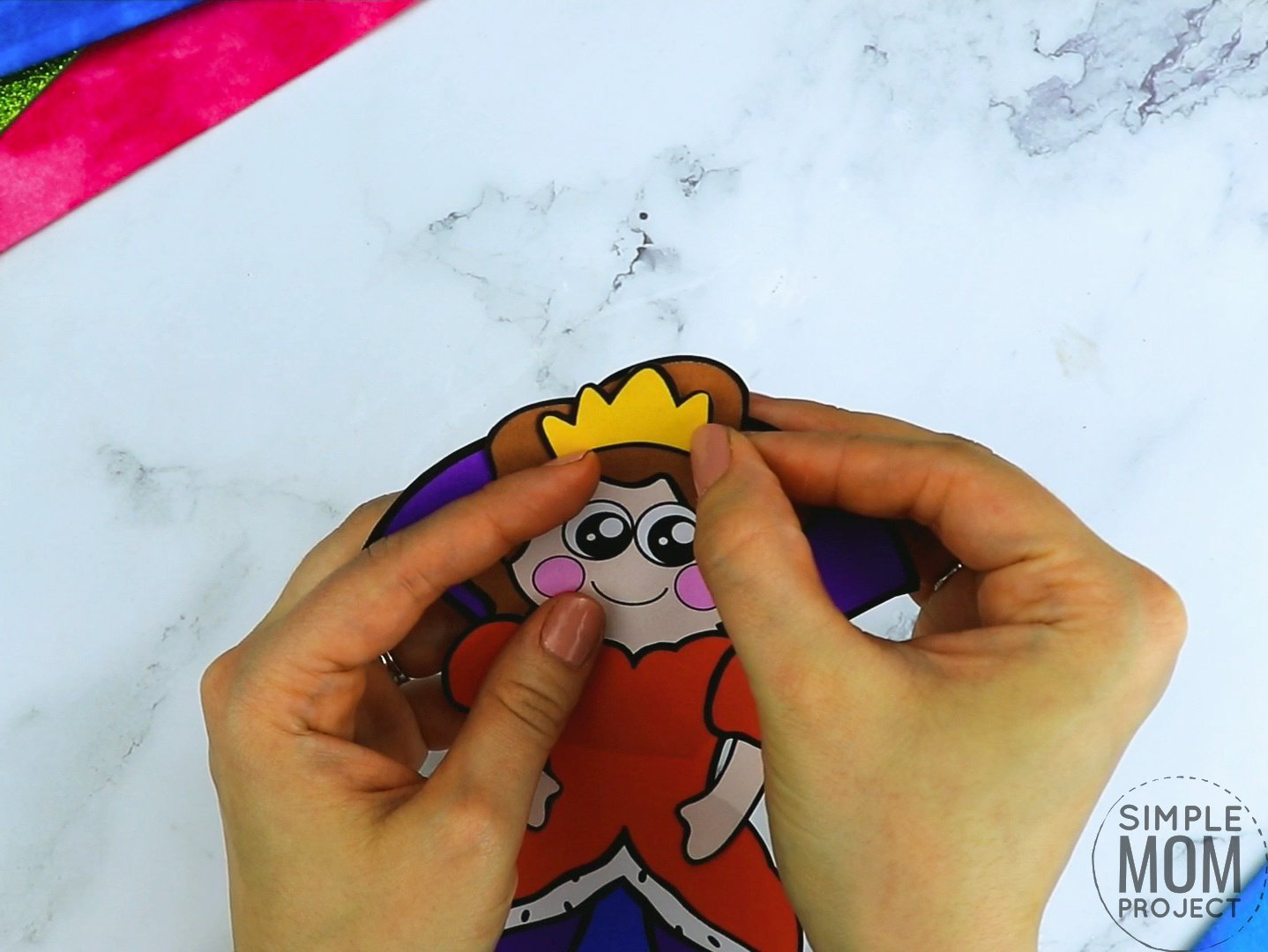 Free printable royal queen page template for kids, preschoolers and kindergartners