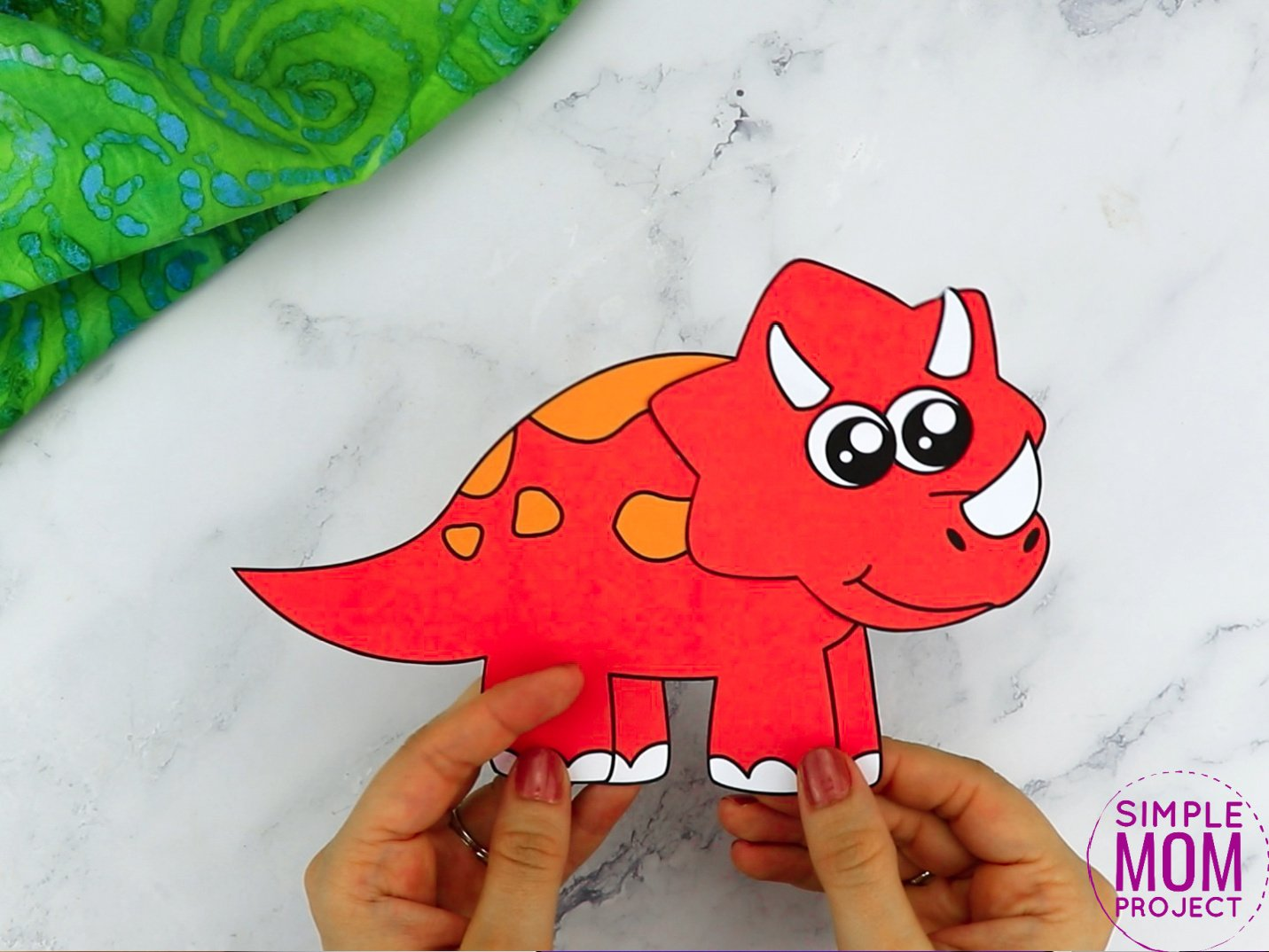 Free Printable Triceratops Dinosaur Craft for Preschoolers, toddlers and kindergartners