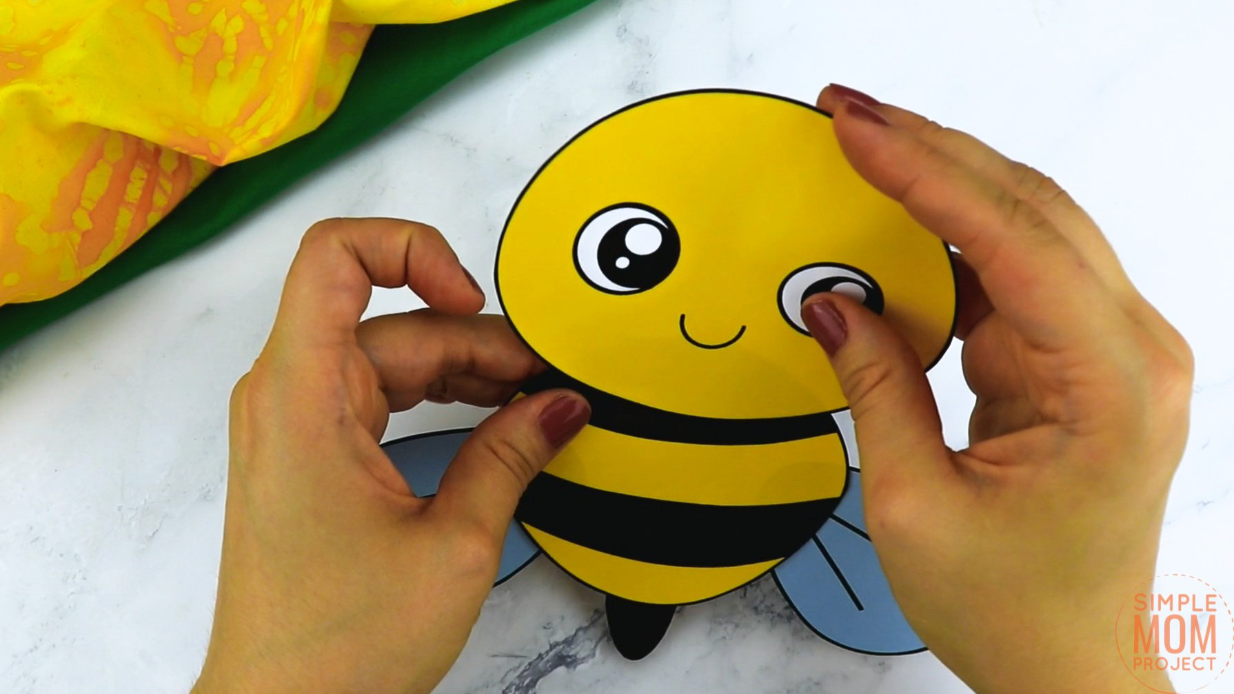 Free Printable Bee Craft for Kids, preschoolers and toddlers