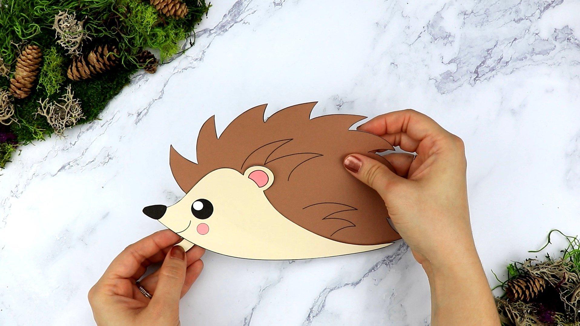 Free Printable Forest Hedgehog Craft Template for kids, preschoolers, toddlers and kindergartners